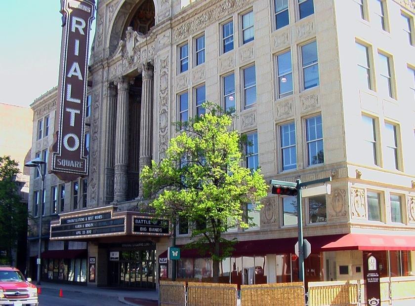 New Lenox Illinois >> Rialto Square Theatre   Joliet Illinois   Real Haunted Place
